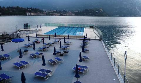 Sei ore di nuoto benefica alla piscina della canottieri for Piani di progettazione della piscina