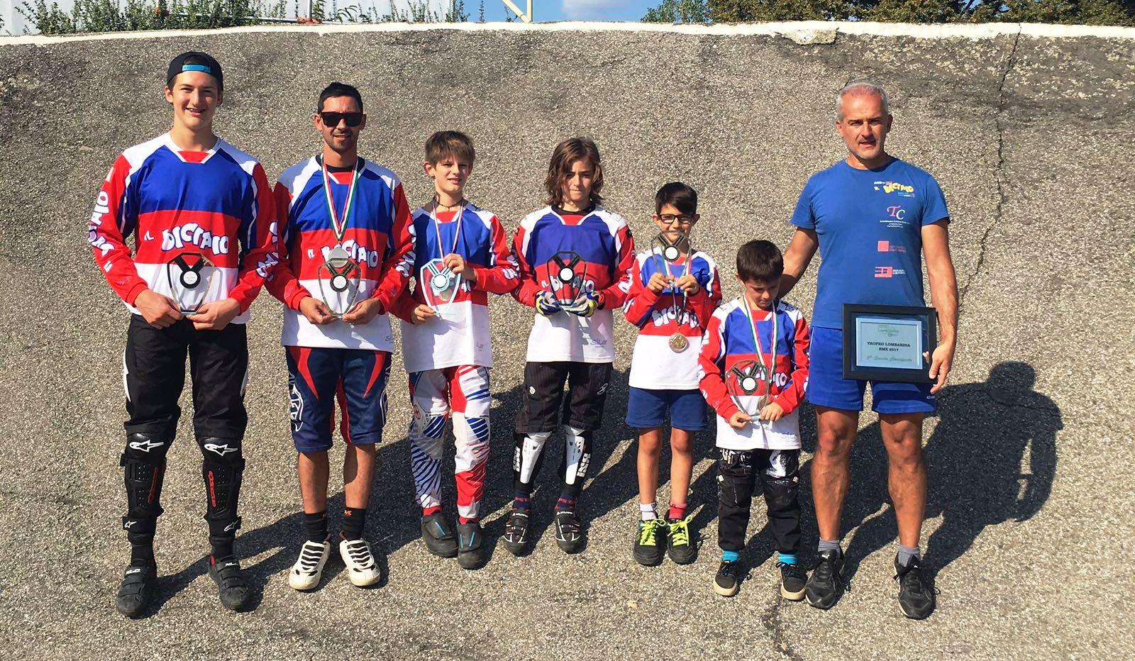 foto bmx team biciaio