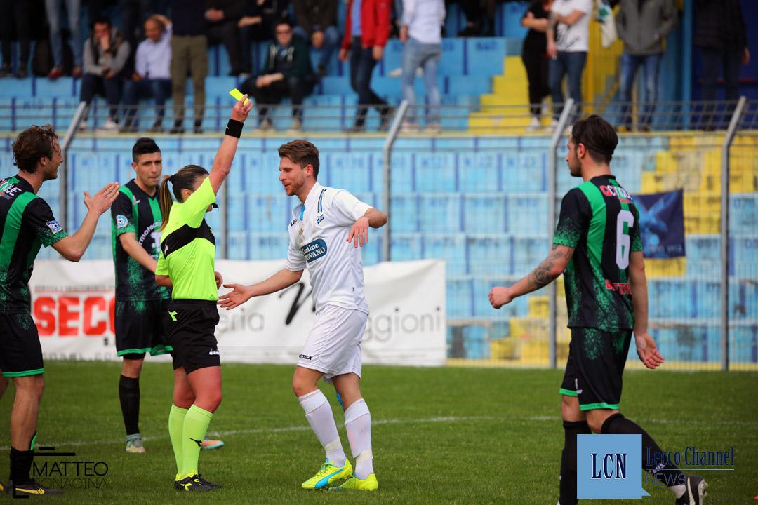 Calcio Lecco Darfo Boario Serie D Campionato 2018 Draghetti ammonito (38)