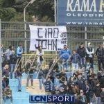 """""""Ciao John"""": i tifosi del Lecco ricordano Mangili, volontario scomparso"""